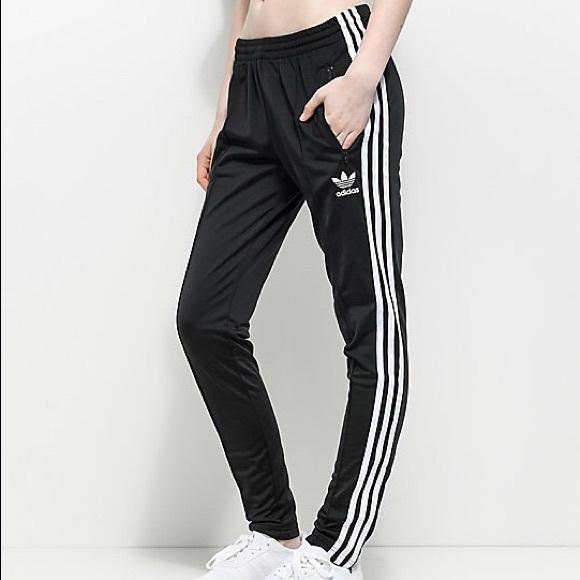 adidas Pants - ADIDAS original tracksuit pant Size SM 2517f4c432